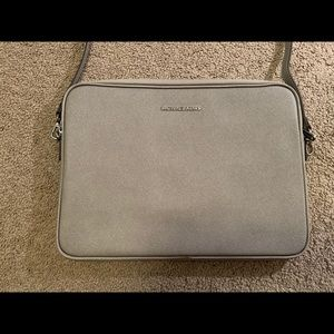 Laptop Sleeve / Carrying case
